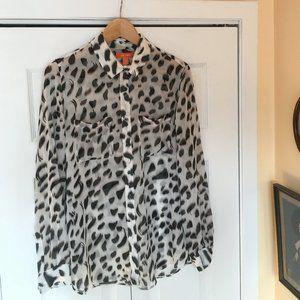 Collared, B&W leopard print blouse